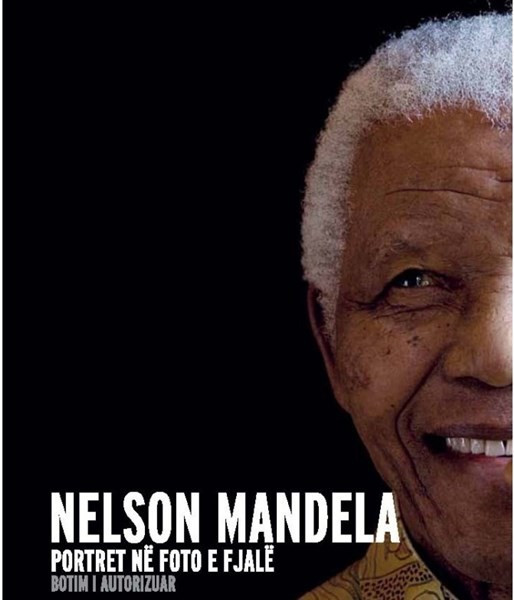 Nelson Mandela Portret në foto e fjalë