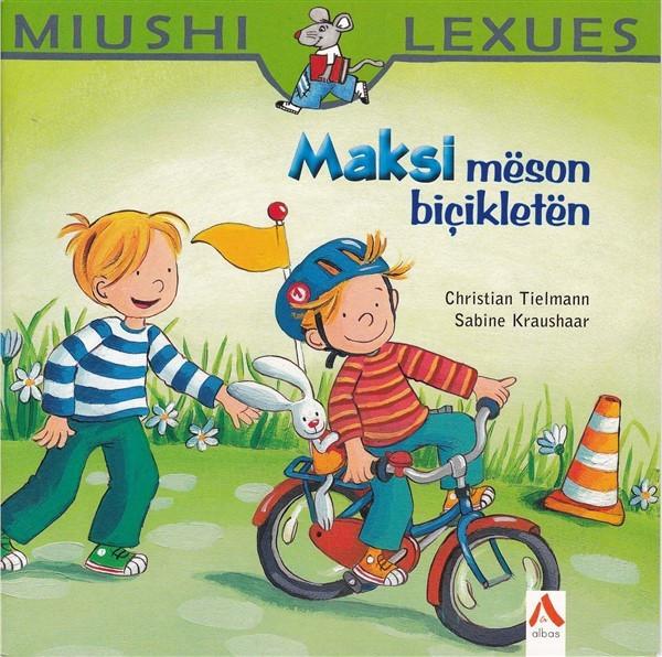 Maksi mëson bicikletën